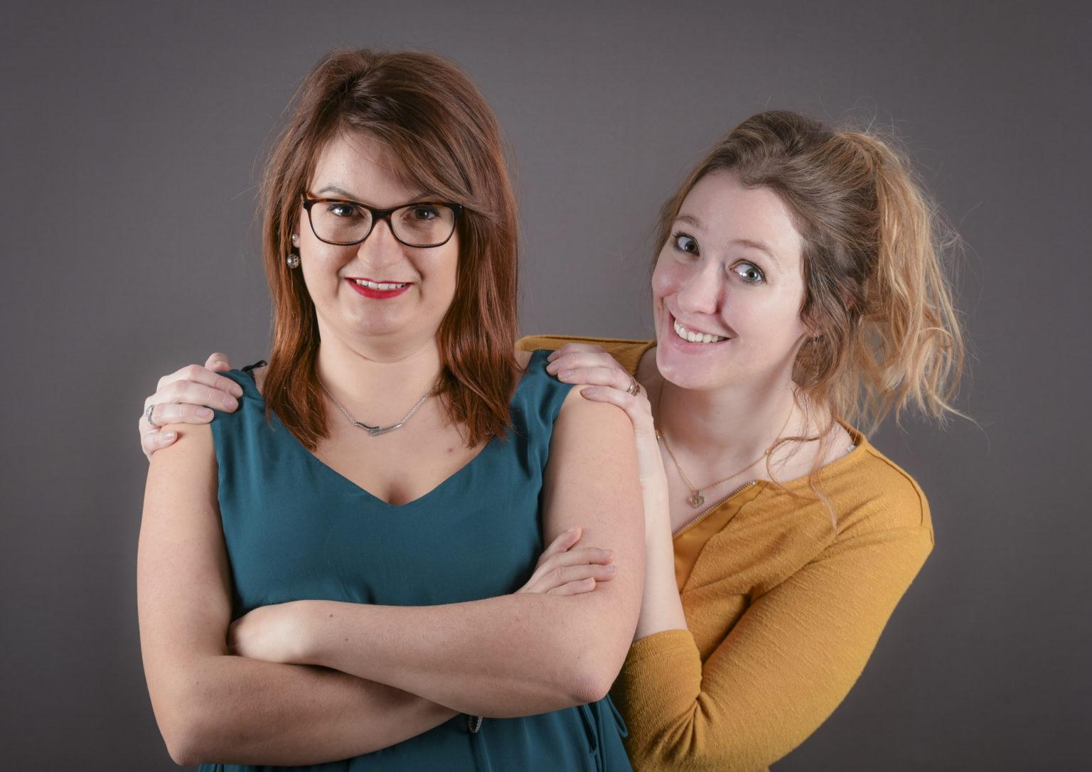 Julie Mollet & Amélie Morin - Chef de projet et Graphiste - équipe de l'agence de communication Haticom
